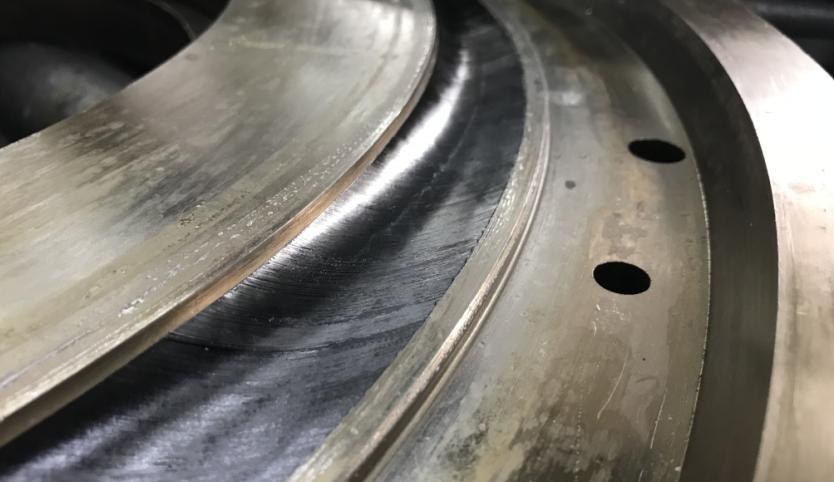 carbon fiber in the rim mold