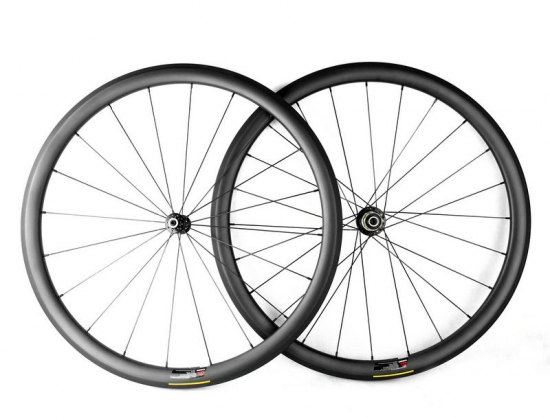 custom road carbon wheels